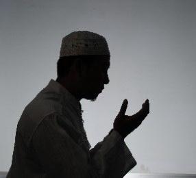 merubah nasib-manufacturing hope-sukses adalah hak saya-tidak yang abadi kecuali perubahan-ayat kursi-www.riyadhohayatkursi.com